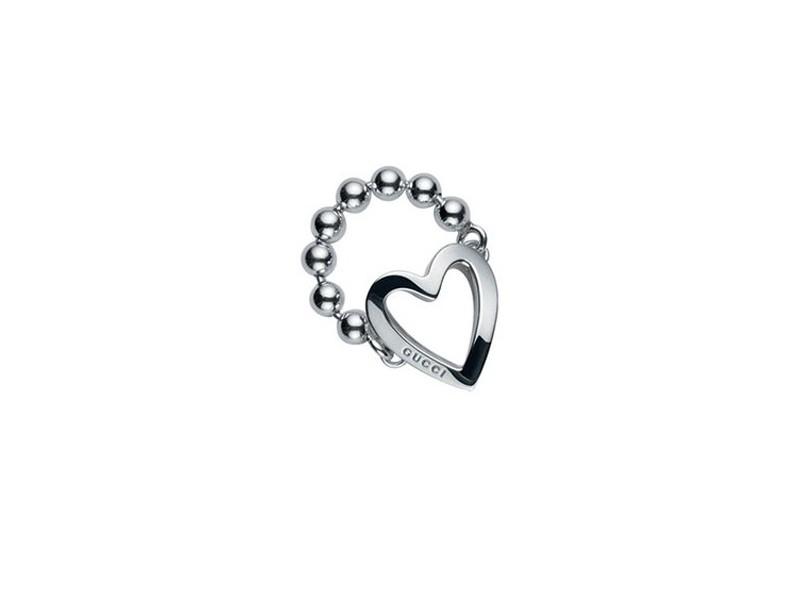 new style 9438a cb5f9 Anello Gucci Toggle Heart con cuore in argento