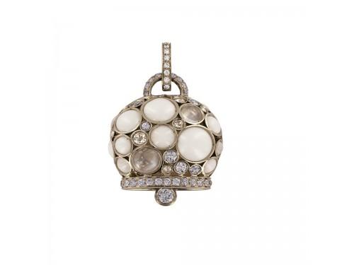 Ciondolo Chantecler Campanella Maxi in oro giallo, corallo bianco, pietra di luna, zaffiri e diamanti