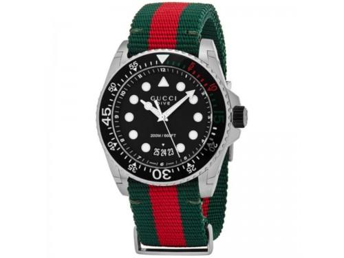 Orologio Gucci Dive 45mm con Quadrante Nero e Cinturino in Tessuto con Motivo Web Rosso-Verde
