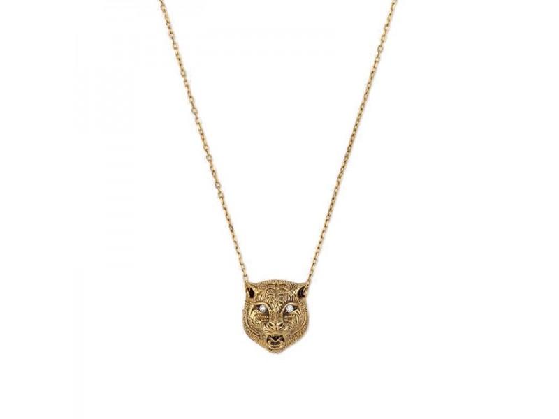 Collana Gucci Le Marché des Merveilles in Oro Giallo con Pendente Testa di Felino con Giada Verde e Diamanti